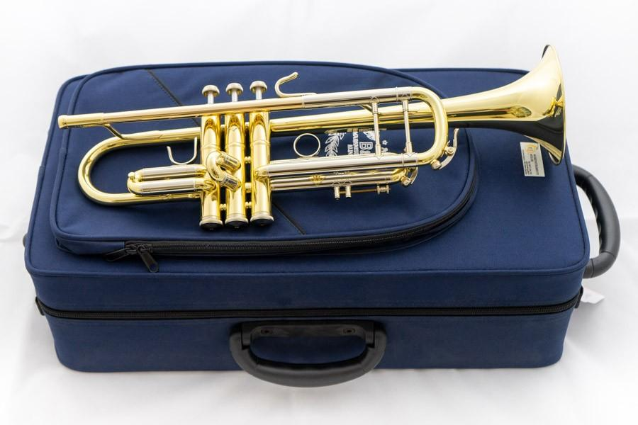 B&S Trompete mit Bag
